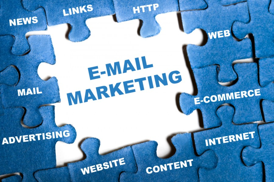 why-your-businesses-should-embrace-email-marketing-900x597